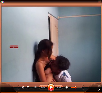 Gallery 0078. Young couple kissing each other